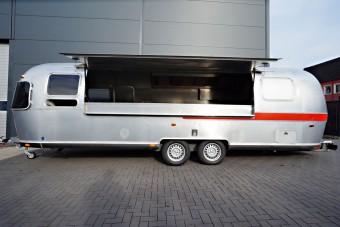 airstream imbiss wagen mieten bei classic caravans in duisburg nrw. Black Bedroom Furniture Sets. Home Design Ideas